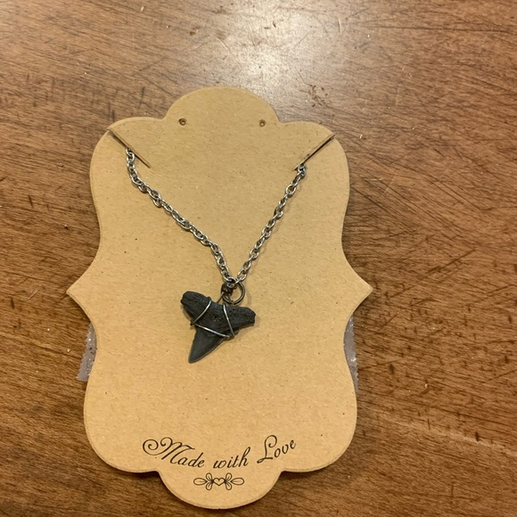 Jewelry - women's shark tooth necklace